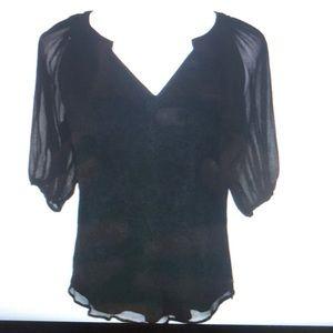 EUC Diane Von Furstenberg black silk top sz 4